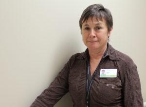 Anne Léger, Dactylographe médicale